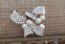 Beautiful Bows of Vintage Jewelry!