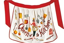 Vintage Aprons / by Debbie Coffin