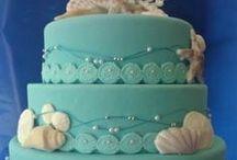 Beach Wedding Cakes & Other Treats
