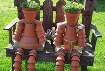 Garden Projects & Crafts / Get some nifty ideas from these inspired pins! www.meadowsfarms.com