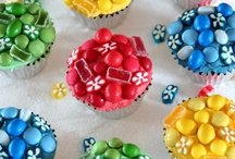 Fun Cupcakes! / From decorations to interesting themes, people sure do have fun with cupcakes and we love it!