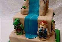 Childrens Cakes / by Benni Rienzo Radic