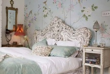 Bedroom decorating inspiration / by Kathy Dan