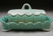 Ceramics: Butter Dish / by Kelly Daniels