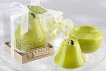 Kitchen Favors / Everyone loves kitchen tools and gadgets. Why not gift your guests a wonderfully inventive and practical favor they'll use over and over again?