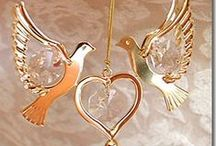 Sun Catchers & Ornaments / Our selection of sun catchers is as beautiful as it is unique! Perfect gift for any event!