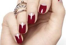 maquillage ongles . make up nails / Le petit plus qui te donne un côté féminin grâce à ton maquillage et tes ongles