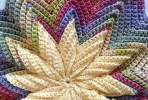 Crochet / by Le Anna