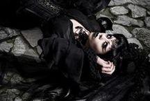 Goth / Dramatic & romantic Gothic clothing