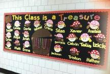 Classroom decorations and BBoards / by Okie Teacher Tales