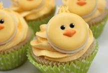 Amazing Cupcakes! / YUM / by Gay Riipinen