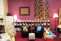 Classroom Libraries / Fun and creative ways to set up and organize a classroom library! Great ideas for getting your room set up around back to school time!