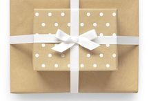 Pretty Paper, Packaging, Stationary & Ideas.... / by Tiffany LW