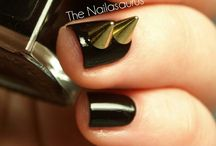 Nail Obsessed / by Kimberly Galvin