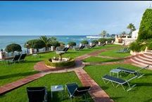 Hotel Fuerte Marbella / Hotel Fuerte Marbella is an oasis in the city locatedright on the beachfront and 5 minutes walking from Marbella's old town. The nearest airports are those of Malaga and Gibraltar, located 51 and 77 km away, respectively.