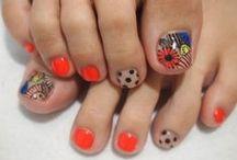 Nails / Fun, cute, easy! / by Ana Zarate
