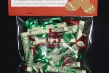 Gifty ideas and tips! / by Zonna Fenn