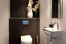 A Toilet / by Frouk la Freaux