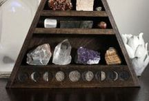 S T O N E S / Gems, minerals and precious stones.