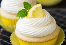 Cupcakes / Oh yes, my favorite type of baking and decorating. / by Gwen Crivello