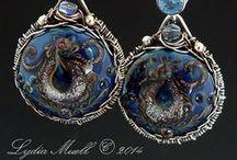 Lampwork Beads / Artisan-made lampwork glass beads