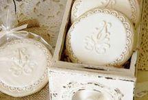 Baking: Cookies / by Jolanda van Pareren