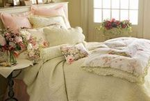 Pretty Shabby / Shabby Chic and English cottage style decorating looks.... / by Stephanie Miceli