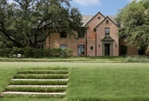 White Rock Lake / White Rock Lake is the recreation centerpiece of Dallas. Discover the White Rock Lake estate homes overlooking White Rock Lake.
