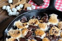 Skillet Recipes / I HEART skillets! Desserts, mains, appetizers and more all made in a cast iron skillet.