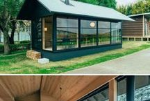Tiny house / Tiny house, shipping container home, pallet wall, house, minimal living, diy tiny house, diy shipping container home, diy minimalist living, minimal, casas chiquita, treehouse home, treehouse, treehouse living, treehouse diy
