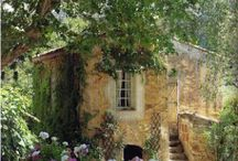 Mi Casa / Homes with character...