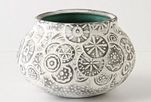 Art - Ceramics & Pottery / by Lily Fisher
