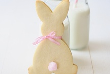 Easter / Trendy ideas for a beautiful Easter decoration, recipes and gifts for the Spring holiday.