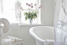 Home: Bathrooms / by LaElyse