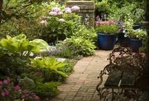 Pathways and Bridges / Garden paths and bridges - get inspired by winding pathways, bridges and steps - beautiful landscaping ideas.