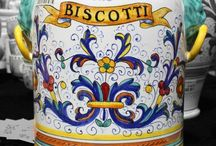 Italian cookies - biscotti Italiani / These are famous Italian cookie recipes and some in Italian!