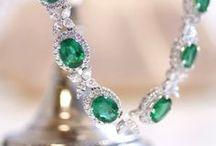 Jewels / by Liz Beaty