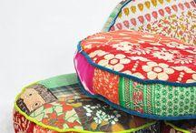 Cush Cushy Cushions / Cushions and pillows
