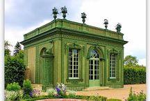 Versailles / Versailles architecture and gardens