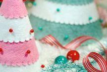 Holiday Crafts & Projects / by Jennifer Berge
