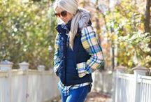 Puffy Vest Outfit Ideas / Puffy vest outfit ideas, quilted vest, fall fashion for women, puffy vest outfits for women, puffy vest style,