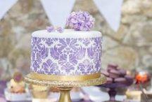 Sweet Candy Table brombeer gold damask / by suess-und-salzig Torten- & Patisserieservice