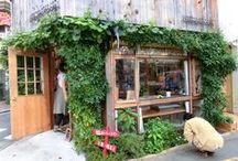 {cafe & bakery interior}