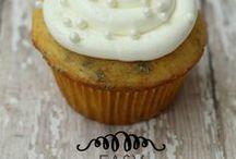 Cakes  / by Heather Carlon