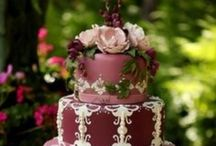 Cakes/cakepops/cupcakes / by Jessica Laguer