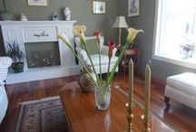 Second hand stores silk flowers. Look beatiful in our home! / Bargain