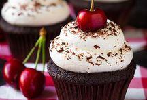 Yum: Sweet Recipes / by Danielle Williams