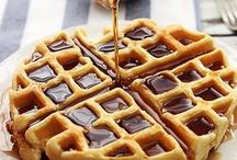 Delicious Simple Breakfast Recipes / Muffins / pancakes / bacon / french toast /  waffles  / granola / cinnamon rolls / eggs and more!