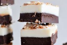 BEST Fudge + Candy Recipes / Fudge and candy recipes for the holidays Best pin for candy favorites | Christmas | Valentines Day | Halloween | Easter | Thanksgiving