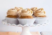 Simple Incredible Cupcakes / It's all about the cupcakes